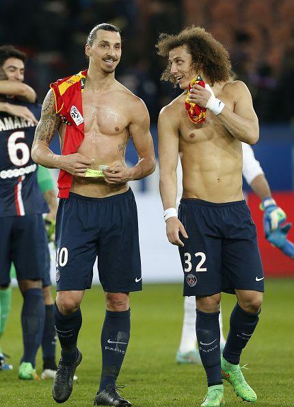 Zlatan Ibrahimovic และ David Luiz