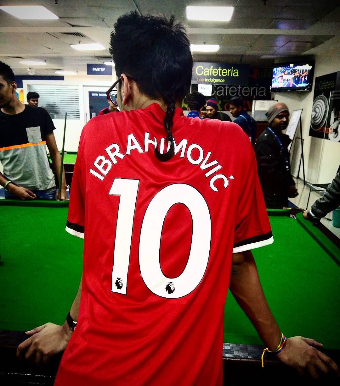 ทุกที่ในความโปรดปรานของ Beckham และ Ronaldinho คุณชอบอะไร? #zlatani …