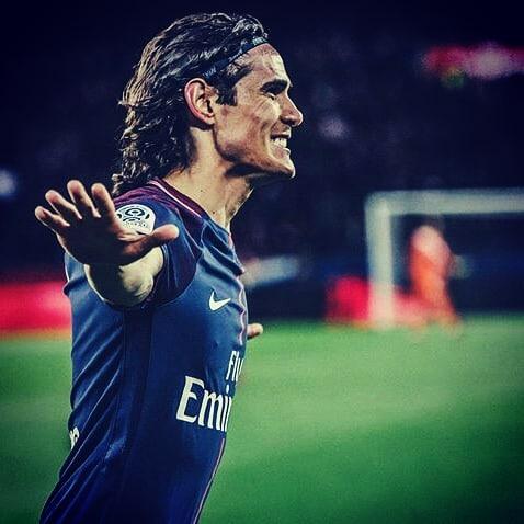 Edinson Cavani เป็นผู้เล่นใหม่ของ Paris Saint-Germain ในทุกขั้นตอนหลังจากได้คะแนน …