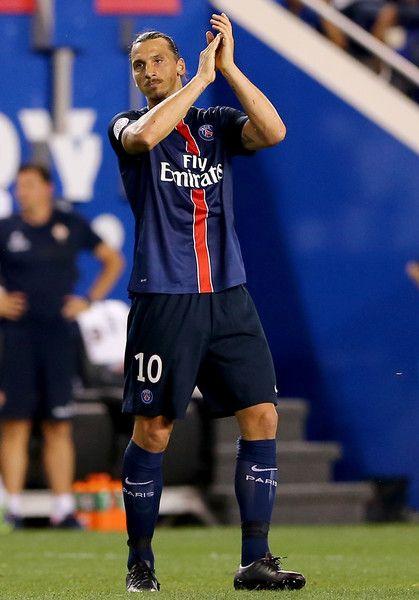รูปถ่าย Zlatan Ibrahimovic – แชมเปียนแชมเปียนส์แชมเปี้ยนส์ 2015 – Paris Saint-Germa …