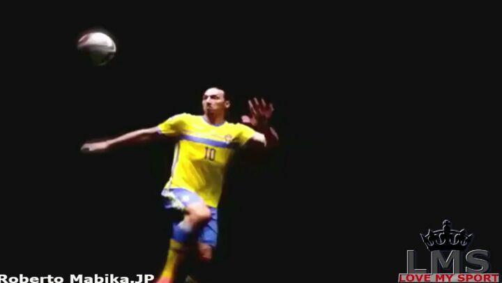 มีเพียงการเปลี่ยนขนาดเล็กอย่างรวดเร็วของ Zlatan เท่านั้น @ Iamzlatanibrahimovic หน้า Facebook …