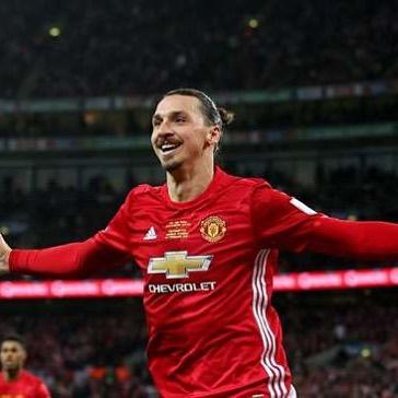 Zlatan กลับมาฝึกซ้อม! แตะสองครั้งหากคุณต้องการ #zlatan #zlatanibrahimovic #i …