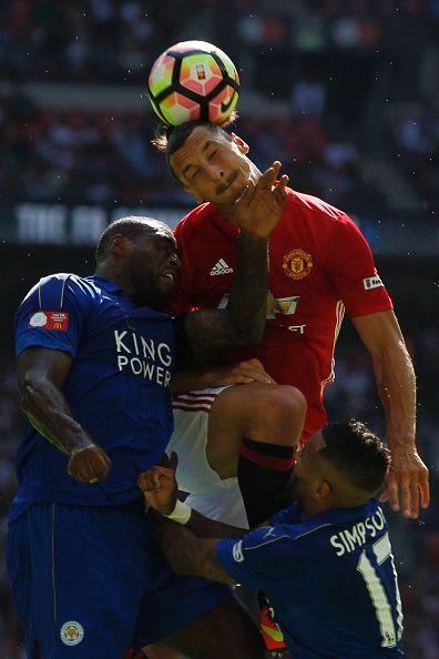 แมนเชสเตอร์ยูไนเต็ดกองหน้าสวีเดน Zlatan Ibrahimovic หมี Leicester City & …