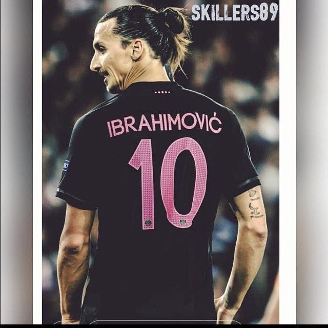 สวัสดี #zlatanibrahimovic # 10 #psg #king …