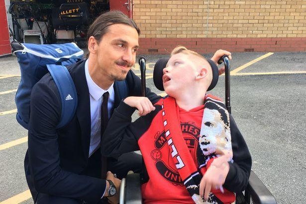 จรวดกับไอดอลของเขา Zlatan Ibrahimovic