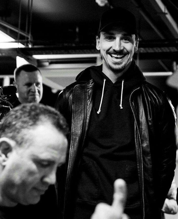 ดังนั้น frickin & # 39; หวาน Zlatan Ibrahimovic