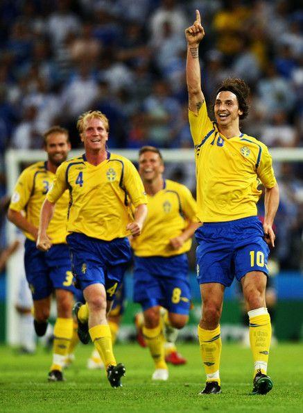 Zlatan Ibrahimovic ภาพ: กรีซ vs สวีเดน – กลุ่ม D Euro2008