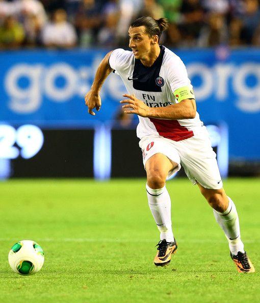 Zlatan Ibrahimovic จาก PSG ทำงานกับลูกในไตรมาสสุดท้ายที่เป็นมิตร …