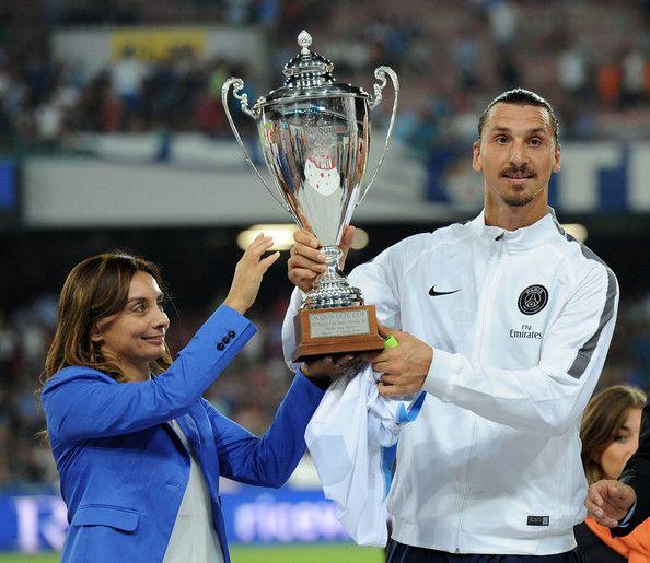 Zlatan Ibrahimovic รูปภาพรูปภาพ – Zlatan Ibrahimovic ใน Paris Saint Germain pos …