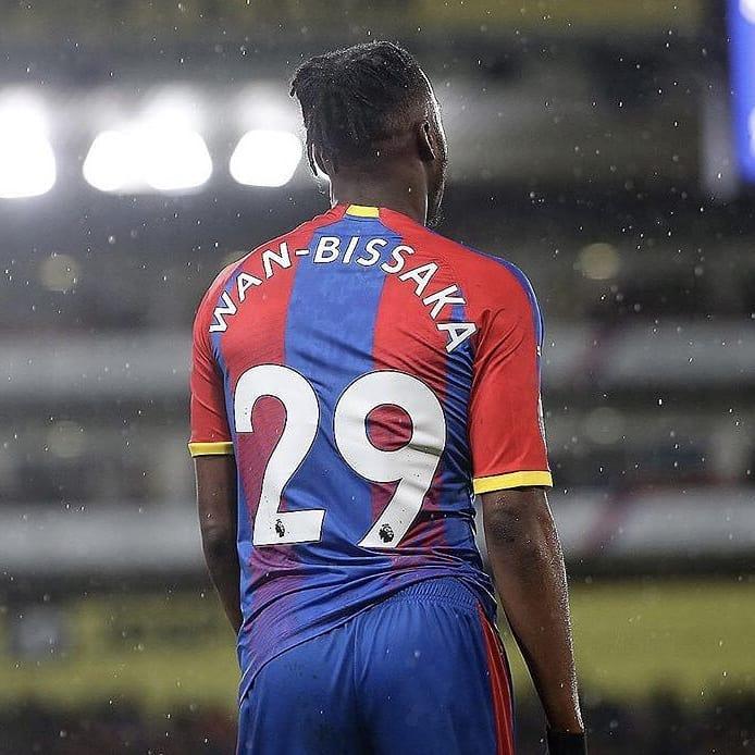 ตัวเลขตามฤดูกาลสำหรับฤดูกาล 2018/19 ของ Aaron-Wan Bissaka:  3 การสนับสนุน 1.74 เลี้ยงลูกเสร็จสมบูรณ์ …