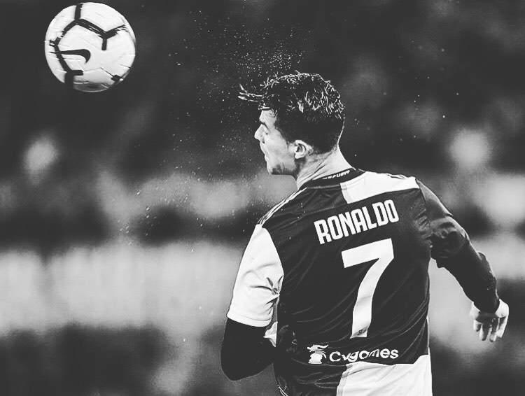Forza Juve !! เกมก่อนหน้าในชุดใหม่จบลงด้วยความพ่ายแพ้ .. เดียวกัน .. # cr7 #ron …