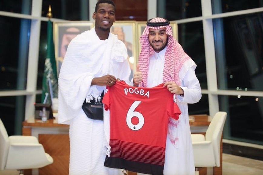 ประธานการกีฬาเจ้าชาย Abdulaziz bin Turki Al-Faisal พบกับนักแสดงชาวฝรั่งเศส (Paul Bogb …