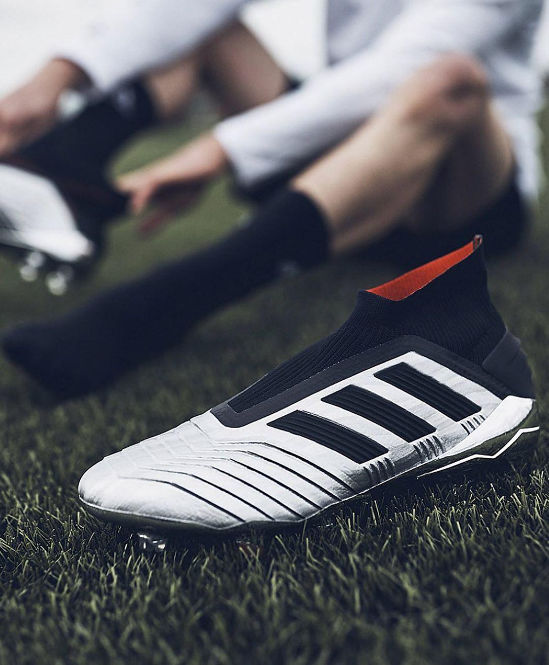 Adidas Predator ใหม่ 19+ Fg รับของคุณแล้วตอนนี้ 07894702853 # adidas #predator #adidas …