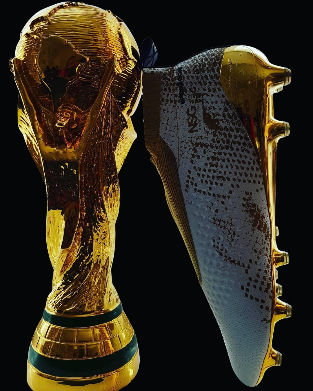 มองหารองเท้าบูทที่สวมใส่หลังจากการแข่งขันฟุตบอลโลก @paulpogba #pogba #pogboom #france #manun …